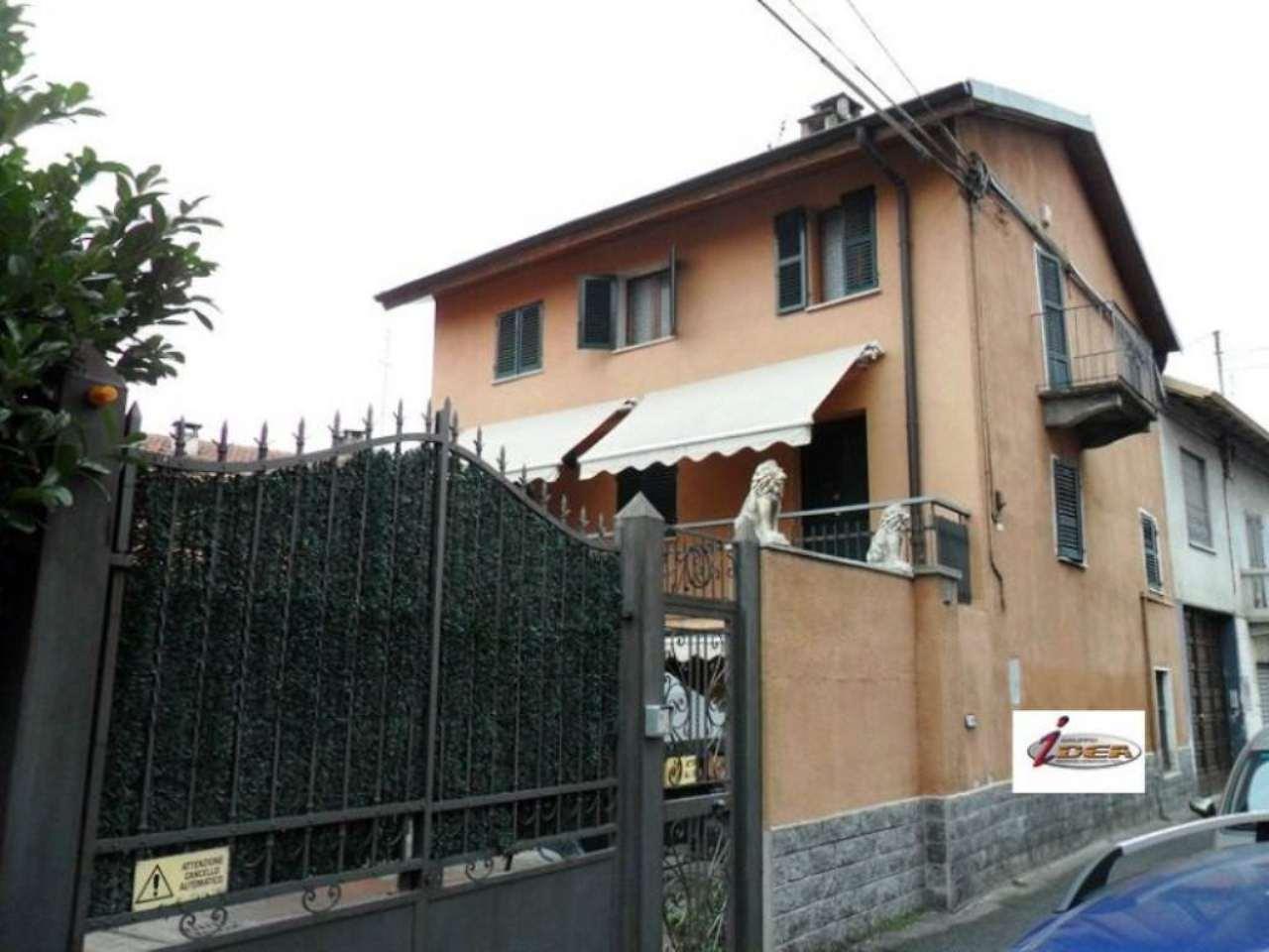 Soluzione Indipendente in vendita a Venaria Reale, 6 locali, prezzo € 320.000 | Cambio Casa.it