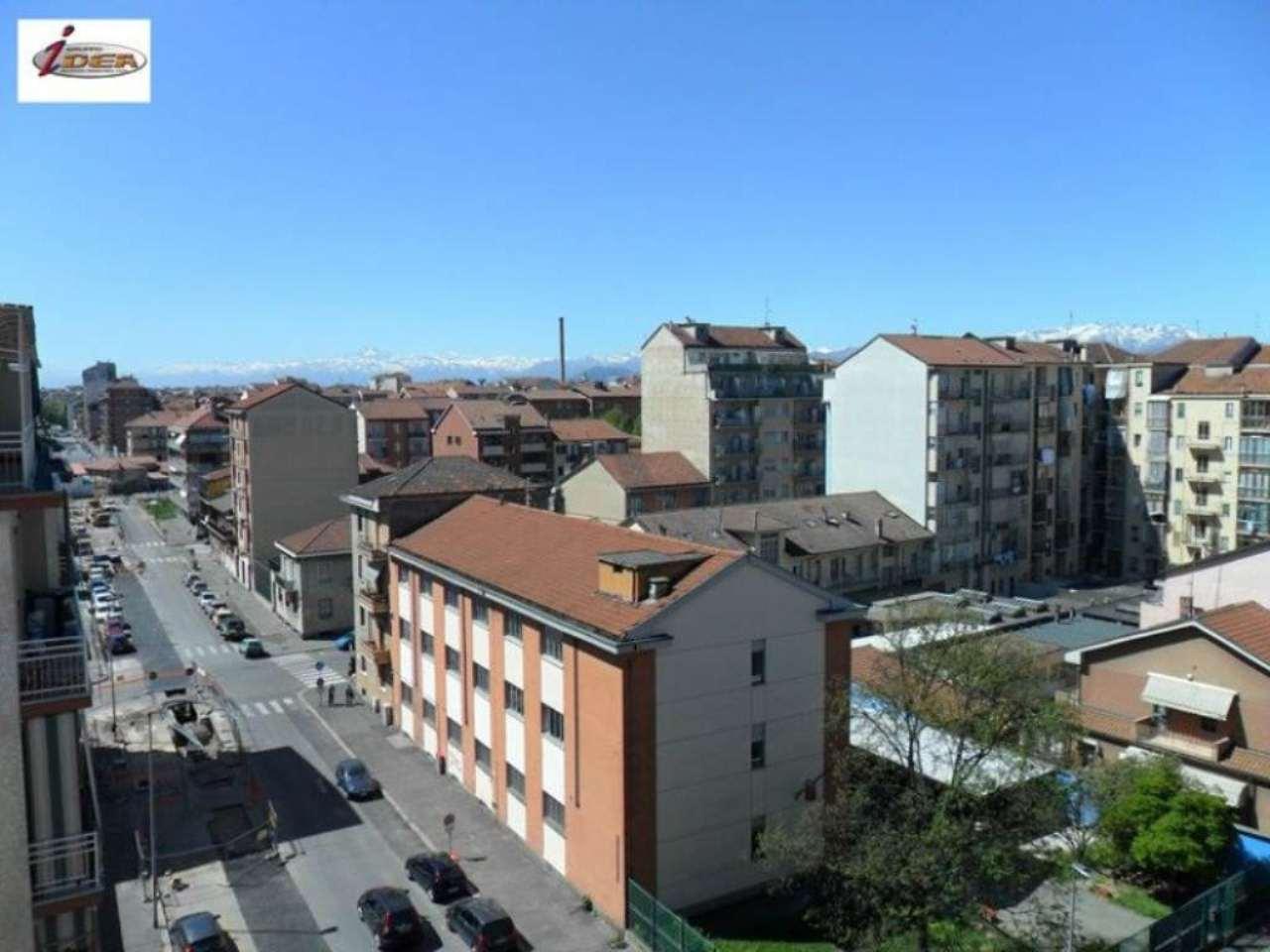 Bilocale Torino Via Forlì 10