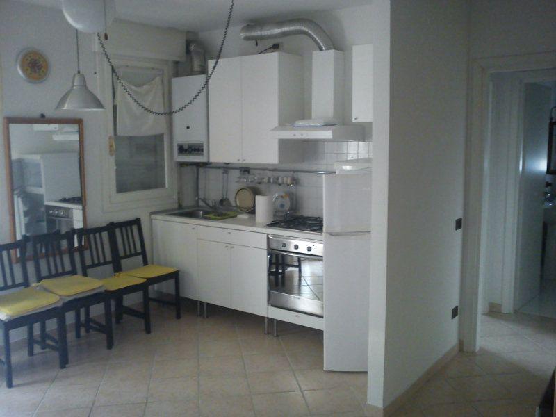Affitto  bilocale Ravenna Via Lario 1 573891