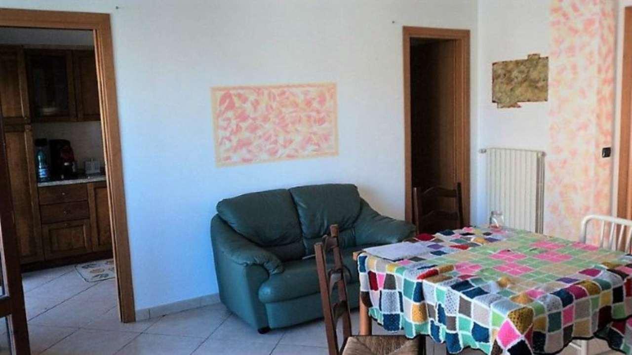 Appartamento in vendita a Gemmano, 4 locali, prezzo € 92.000 | Cambio Casa.it