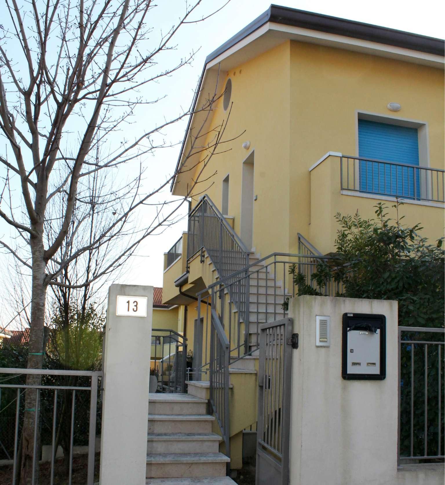 Appartamento in vendita a Coriano, 2 locali, prezzo € 160.000 | CambioCasa.it