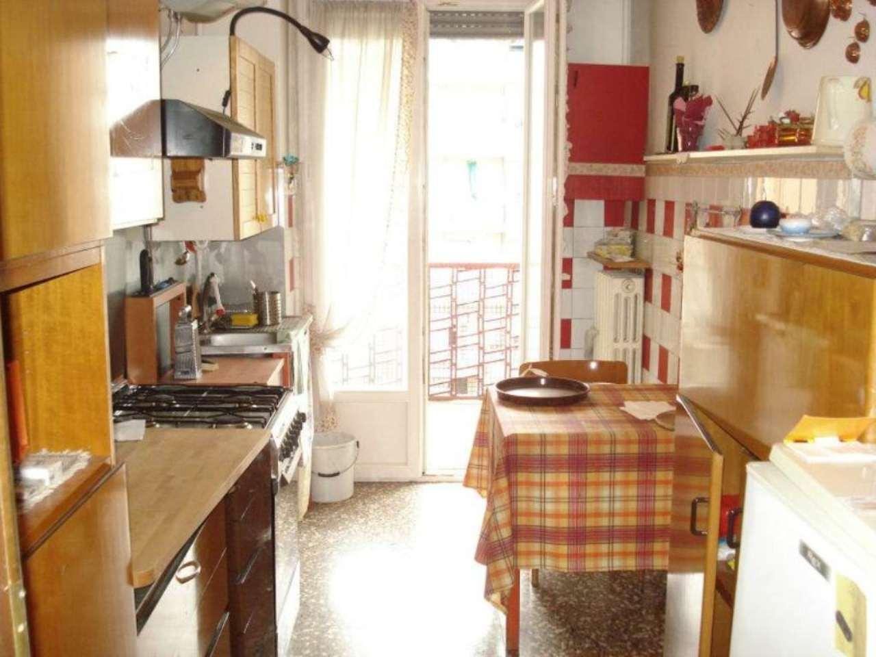 Bilocale Milano Via Bellazzi 1