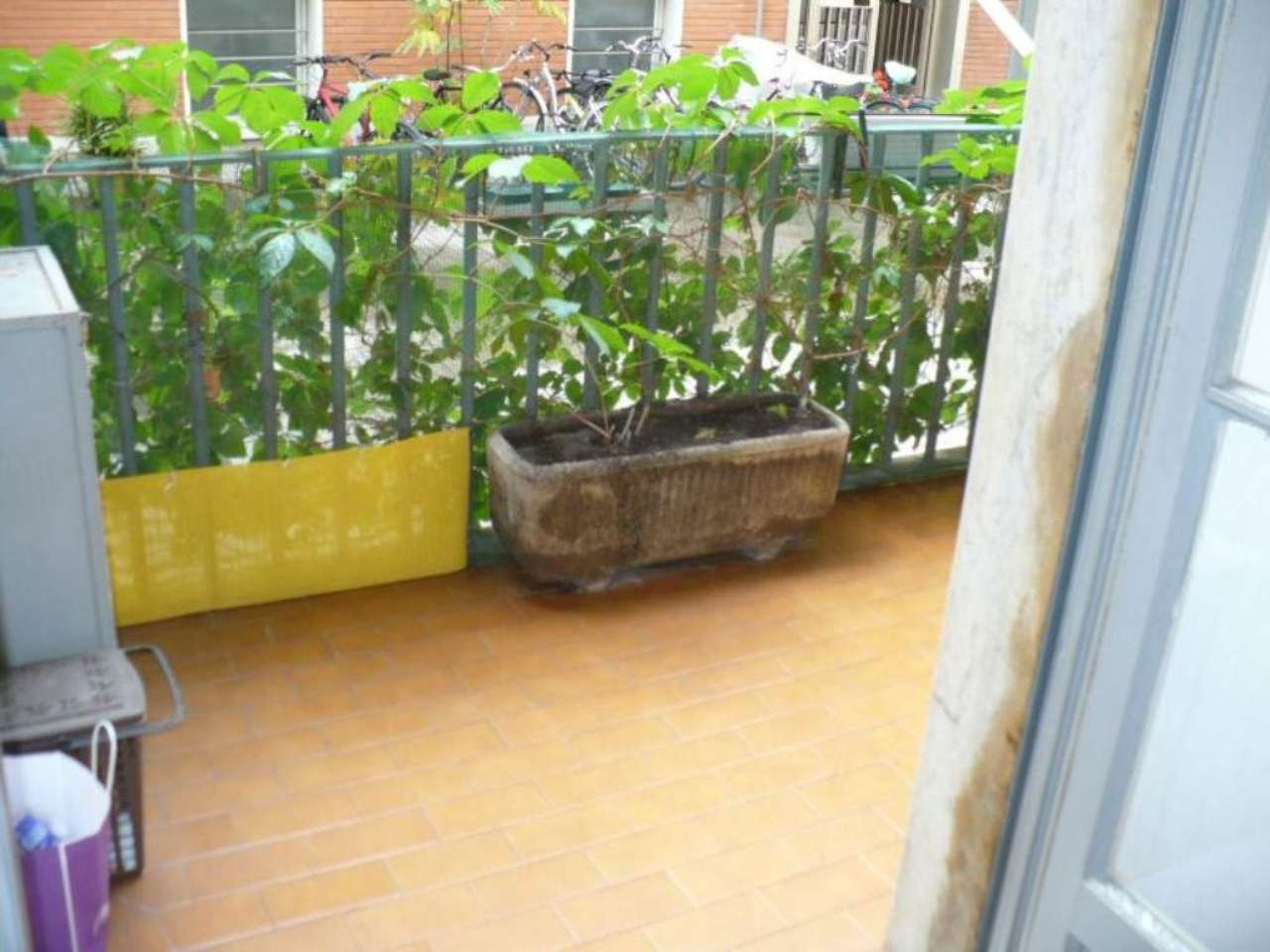 Bilocale Milano Via Monte San Genesio 7