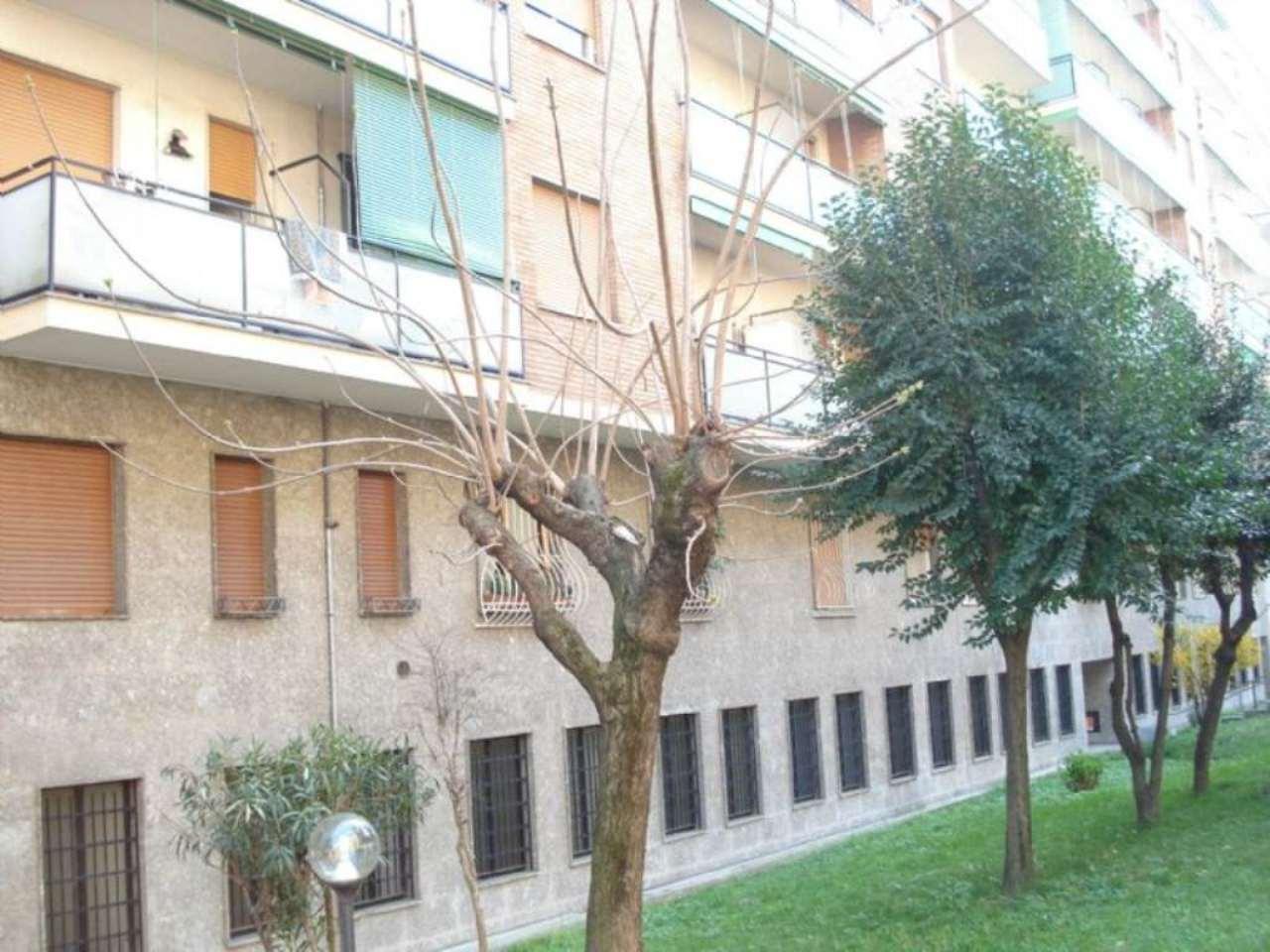 Laboratorio in Vendita a Milano 20 Bicocca / Crescenzago / Cimiano: 190 mq