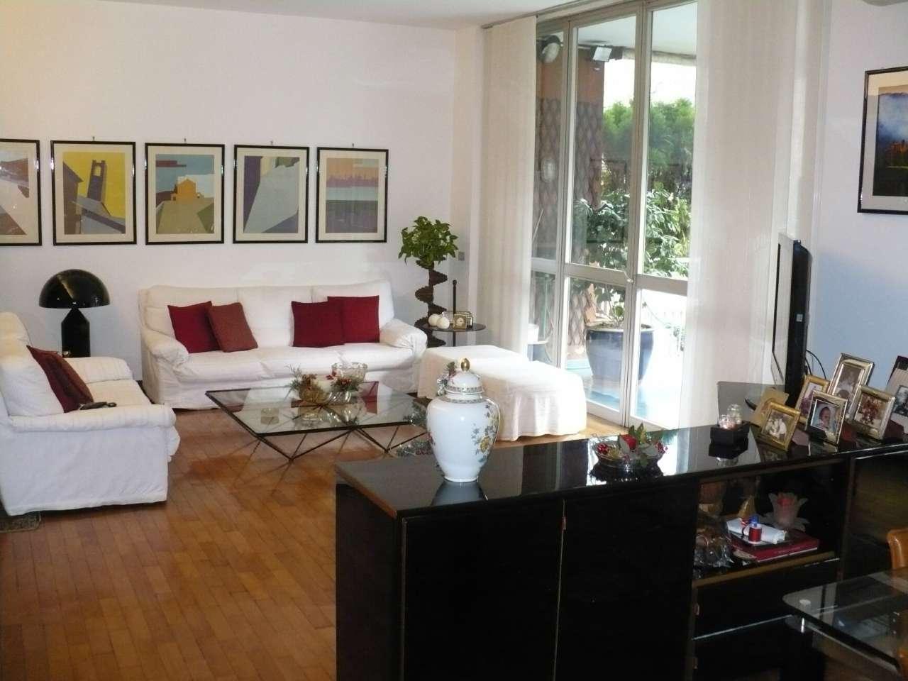 Appartamento in Affitto a Segrate Centro: 5 locali, 170 mq