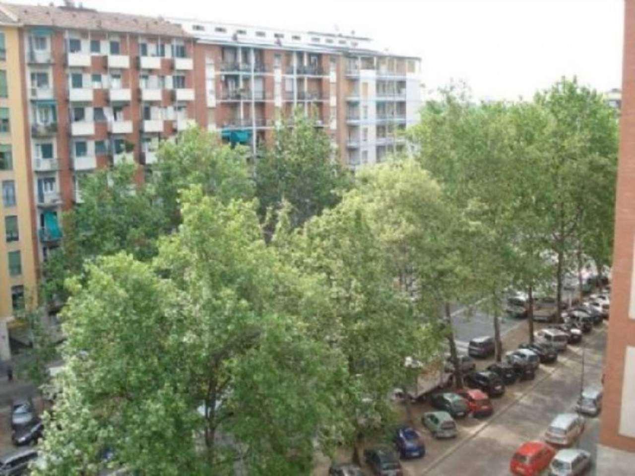 Appartamento in Vendita a Milano 27 Baggio / Novara / Forze Armate:  4 locali, 190 mq  - Foto 1