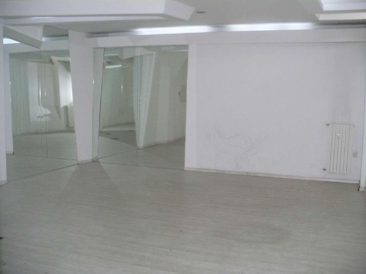 Laboratorio in Vendita a Milano 01 Centro storico (Cerchia dei Navigli): 2 locali, 97 mq