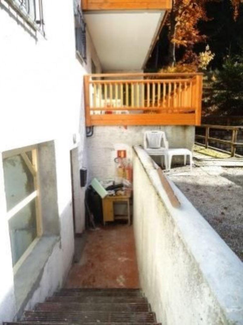 Bilocale Pinzolo Via Fevri 9