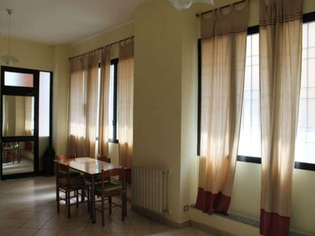 Bilocale Macherio Via Roma 7