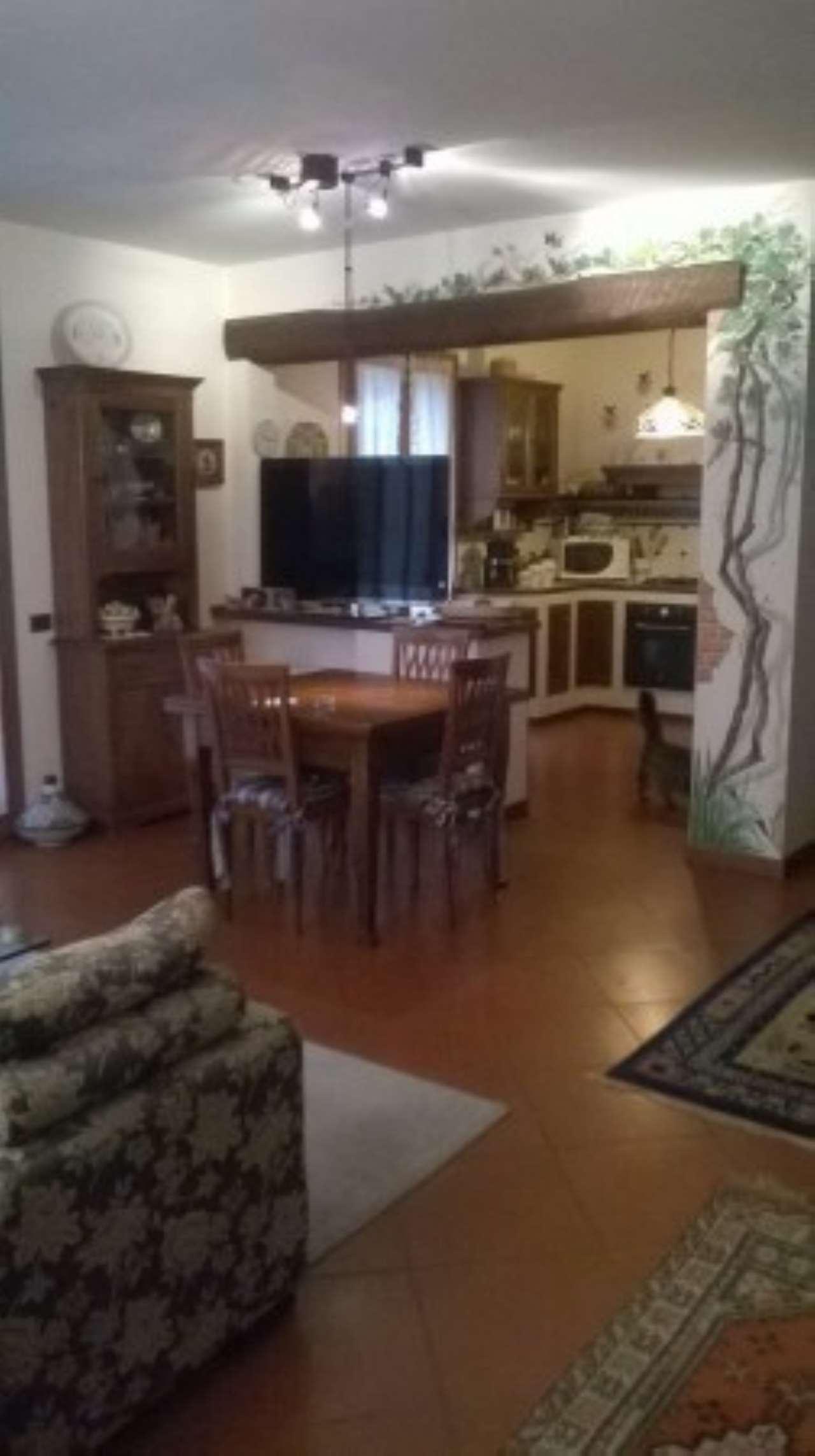 Villa in vendita a Vaglia, 6 locali, prezzo € 380.000   CambioCasa.it