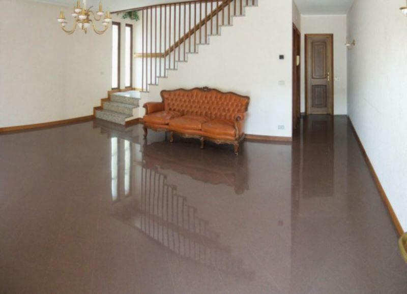 Villa a Schiera in vendita a Chiari, 4 locali, prezzo € 225.000 | Cambiocasa.it
