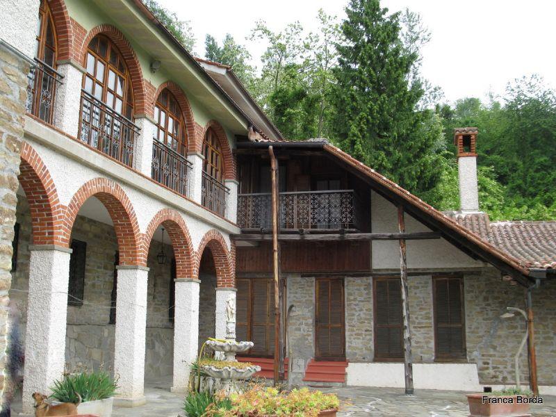 Soluzione Indipendente in vendita a Pezzolo Valle Uzzone, 10 locali, prezzo € 450.000 | Cambio Casa.it