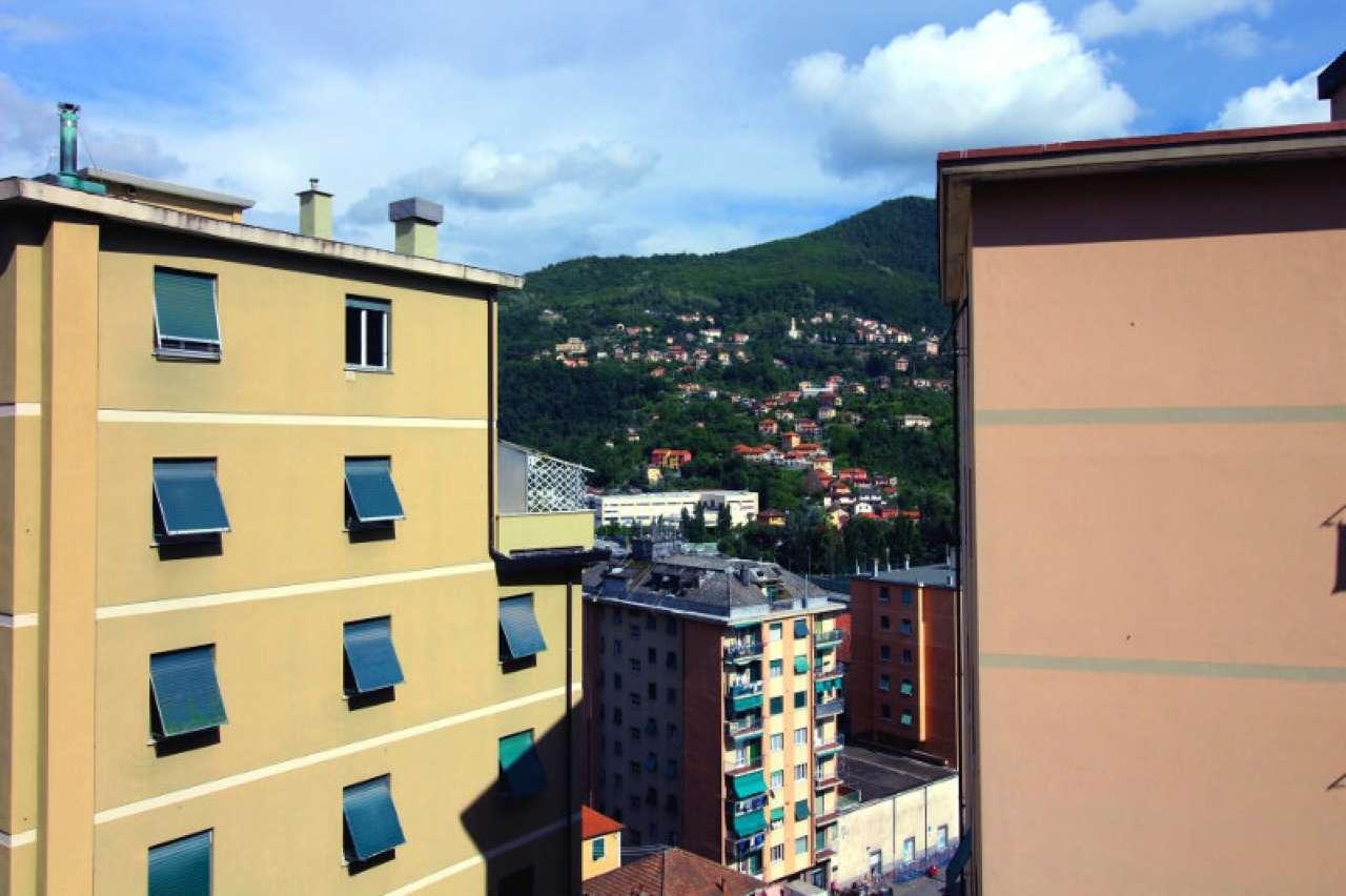 Foto 7 di Quadrilocale via Trossarelli, Genova (zona Valbisagno (Prato-Molassana-Struppa-S.Gottardo-S.Eusebio))