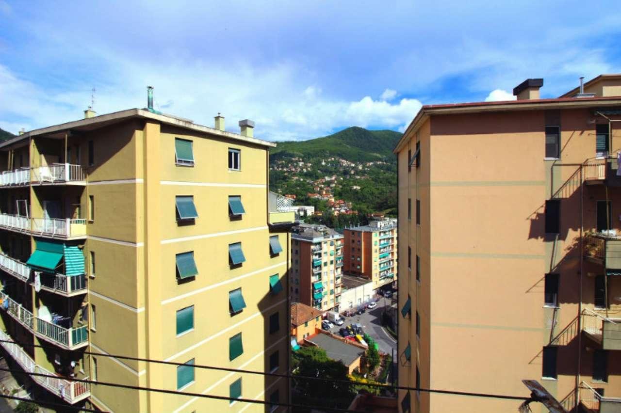 Foto 10 di Quadrilocale via Trossarelli, Genova (zona Valbisagno (Prato-Molassana-Struppa-S.Gottardo-S.Eusebio))