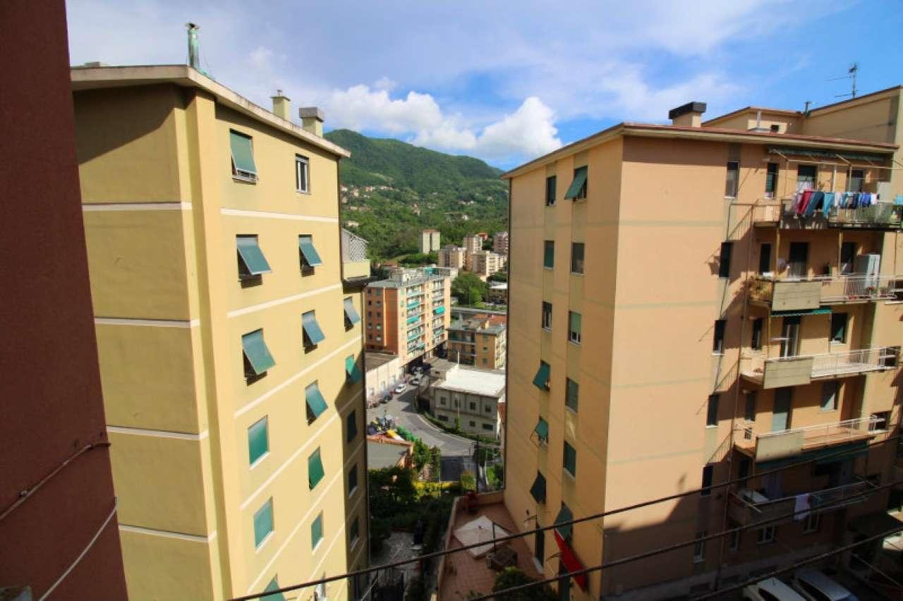 Foto 11 di Quadrilocale via Trossarelli, Genova (zona Valbisagno (Prato-Molassana-Struppa-S.Gottardo-S.Eusebio))