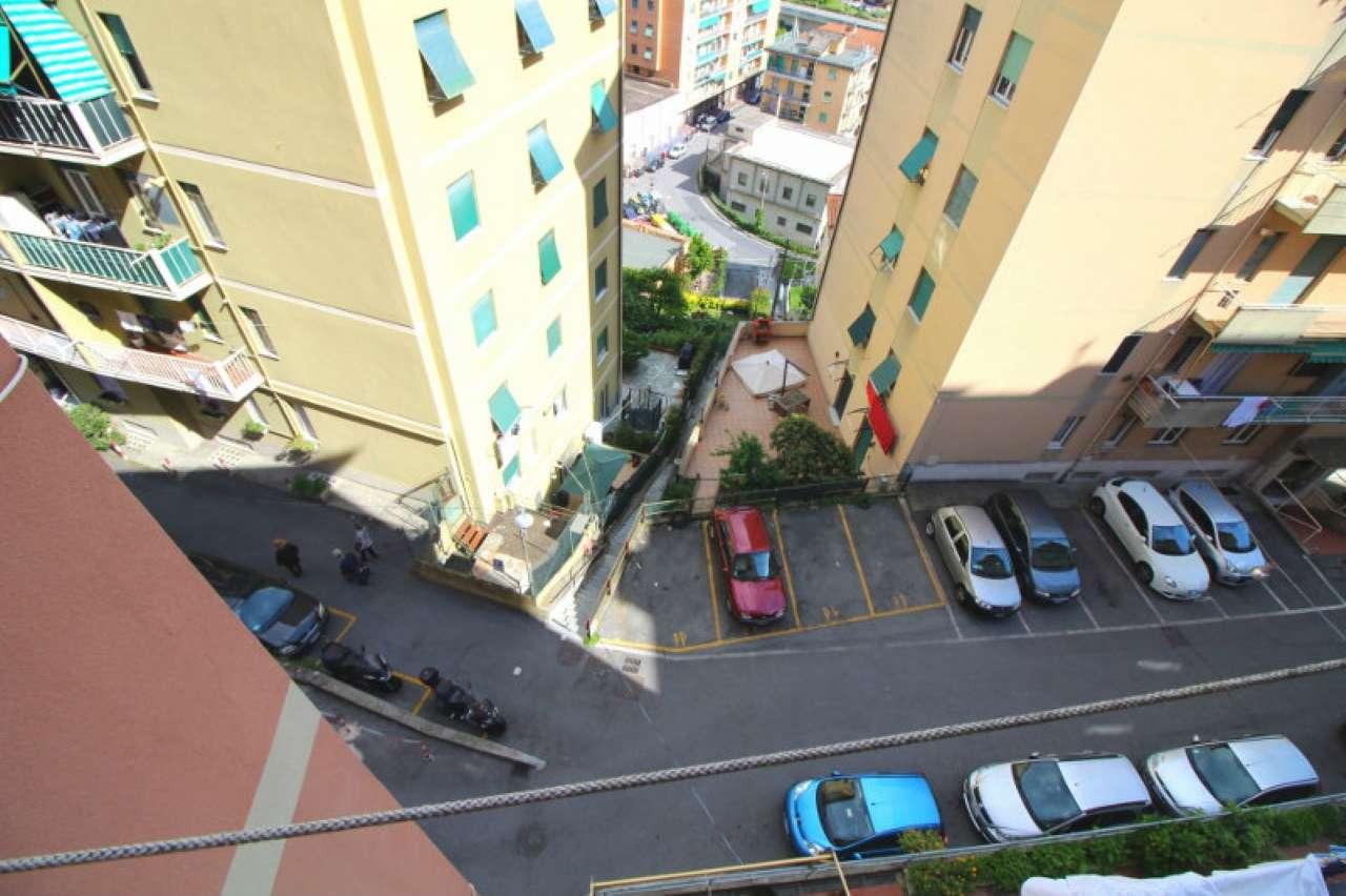 Foto 14 di Quadrilocale via Trossarelli, Genova (zona Valbisagno (Prato-Molassana-Struppa-S.Gottardo-S.Eusebio))