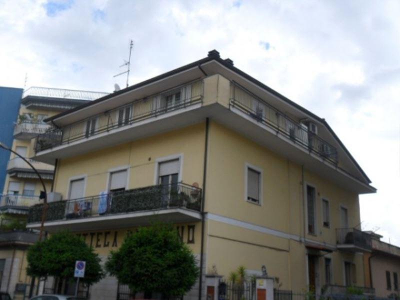 Appartamento in vendita a Cassino, 3 locali, prezzo € 190.000 | Cambiocasa.it