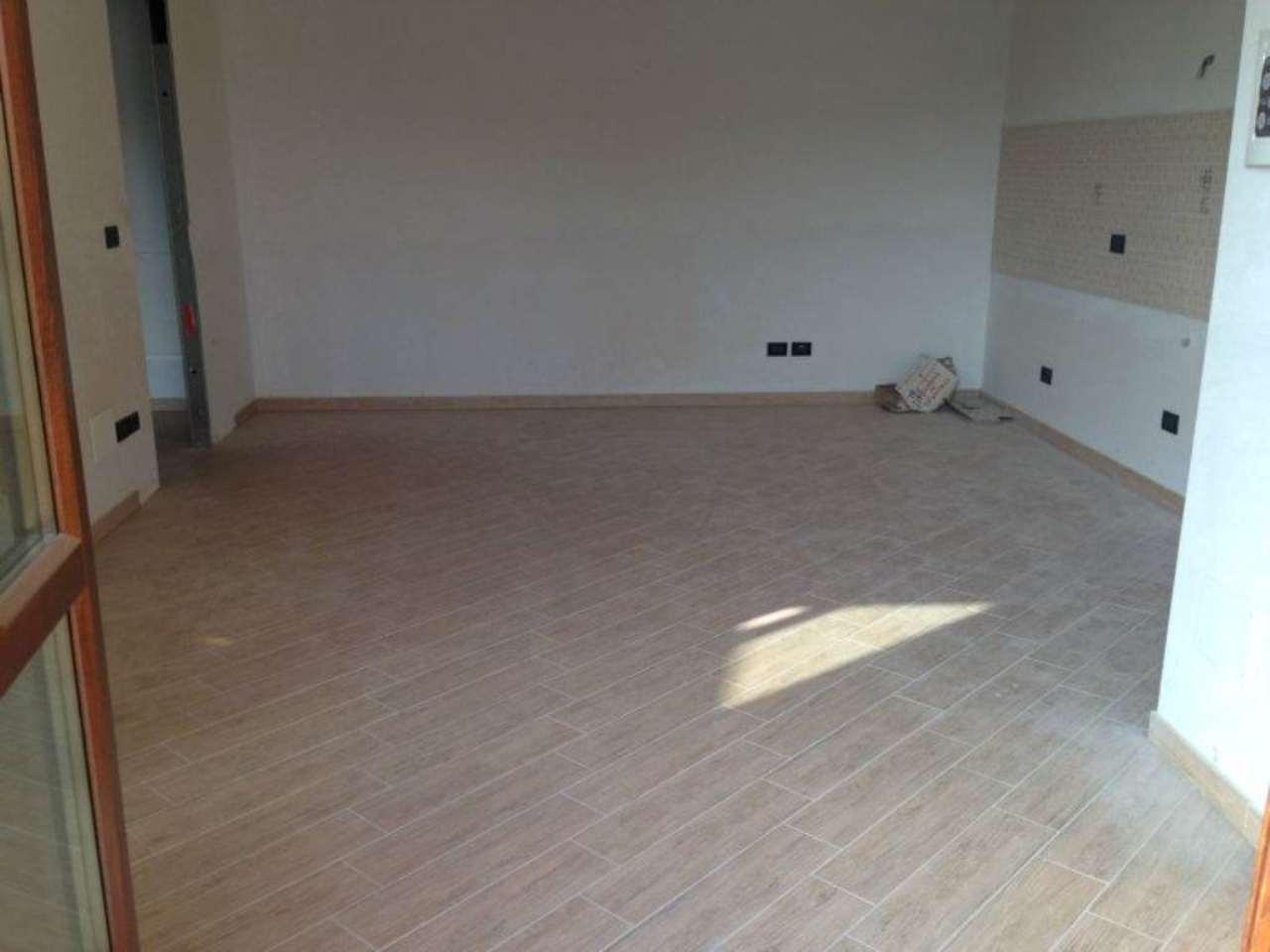 Appartamento in vendita a Trofarello, 2 locali, prezzo € 135.000 | Cambio Casa.it
