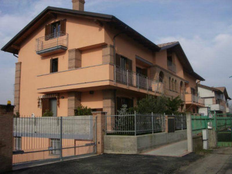 Bilocale Poirino Via Tetto Nuovo 1