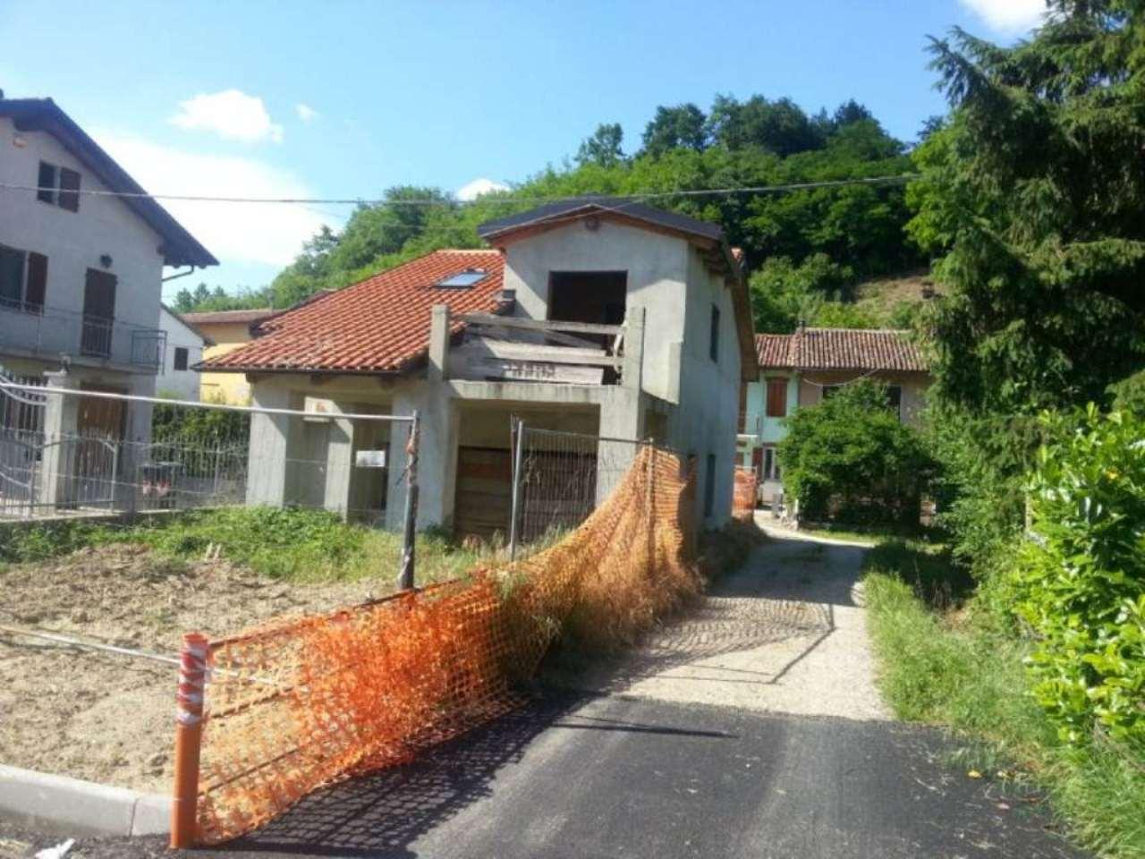 Soluzione Indipendente in vendita a San Damiano d'Asti, 6 locali, prezzo € 48.000 | Cambio Casa.it
