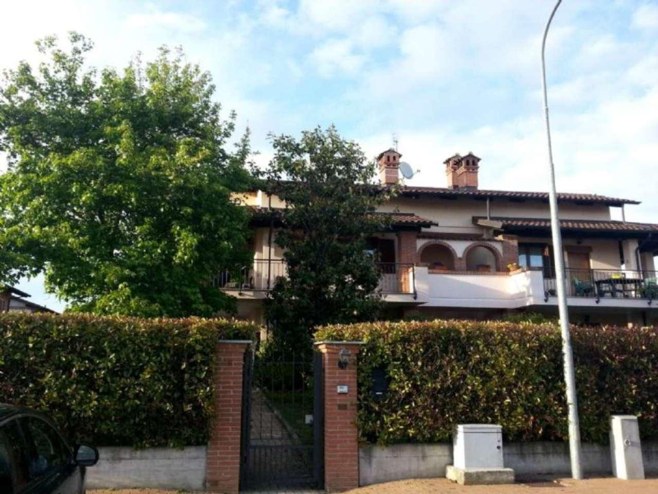 Bilocale Cambiano Via Einaudi 1