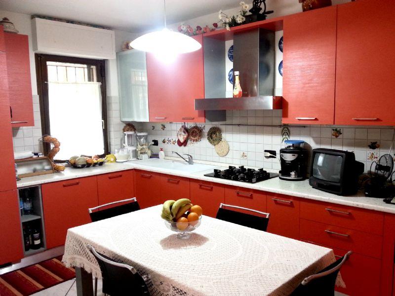 Bilocale Trofarello Via Ley 3