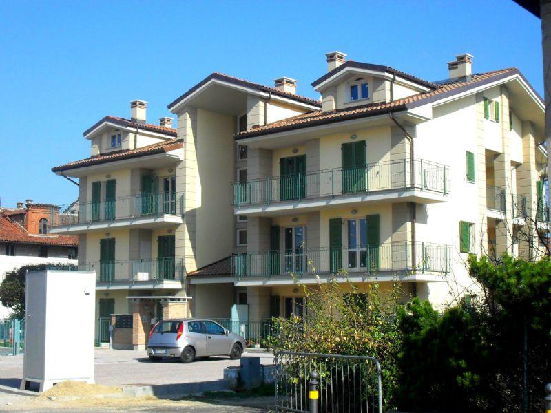 Appartamento in affitto a Poirino, 2 locali, prezzo € 350   CambioCasa.it