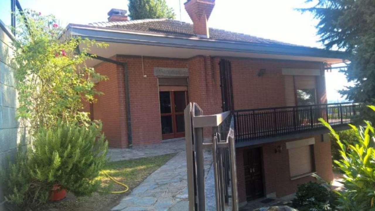 Villa in vendita a Pralormo, 8 locali, prezzo € 340.000 | Cambio Casa.it