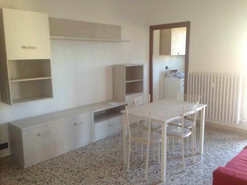 Appartamento in affitto a Trofarello, 2 locali, prezzo € 400 | Cambio Casa.it