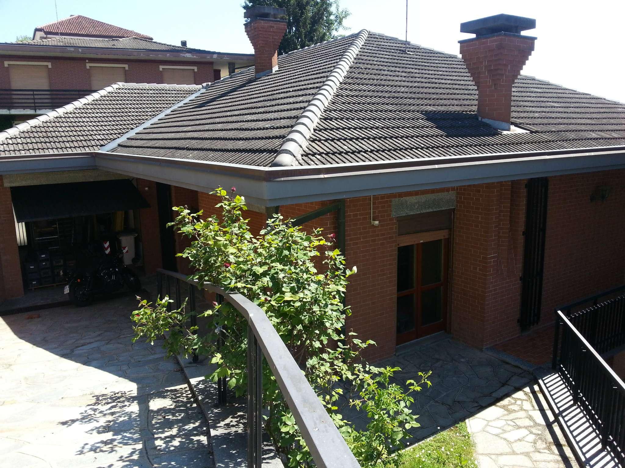 Villa in vendita a Pralormo, 11 locali, prezzo € 298.000 | CambioCasa.it
