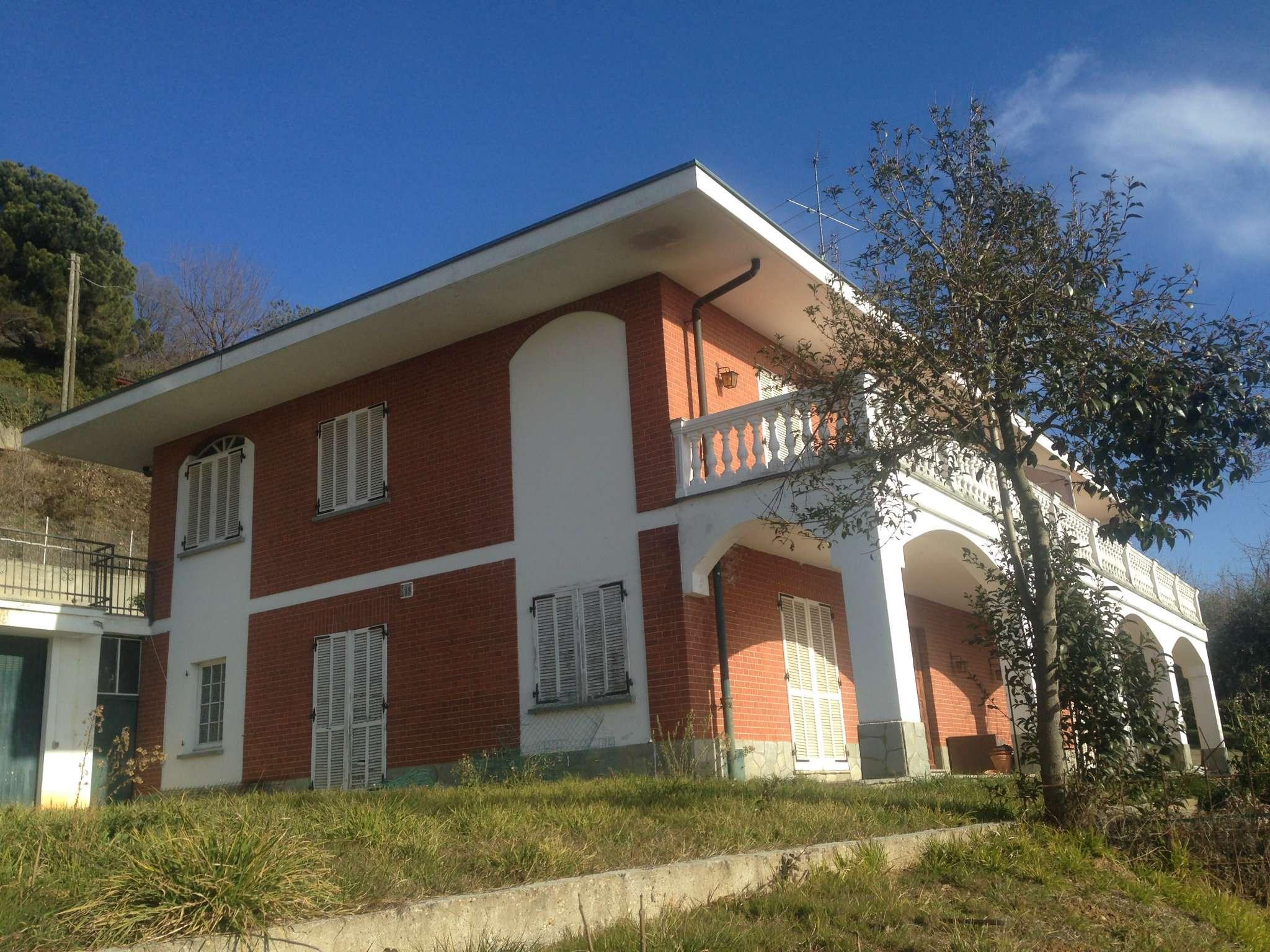 Villa Bifamiliare in Vendita a Pecetto Torinese