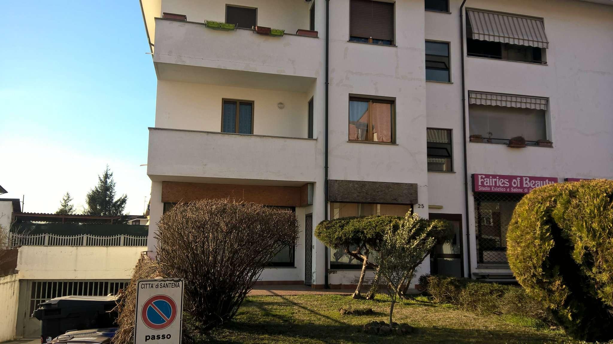 Appartamento in vendita a Santena, 5 locali, prezzo € 130.000 | CambioCasa.it