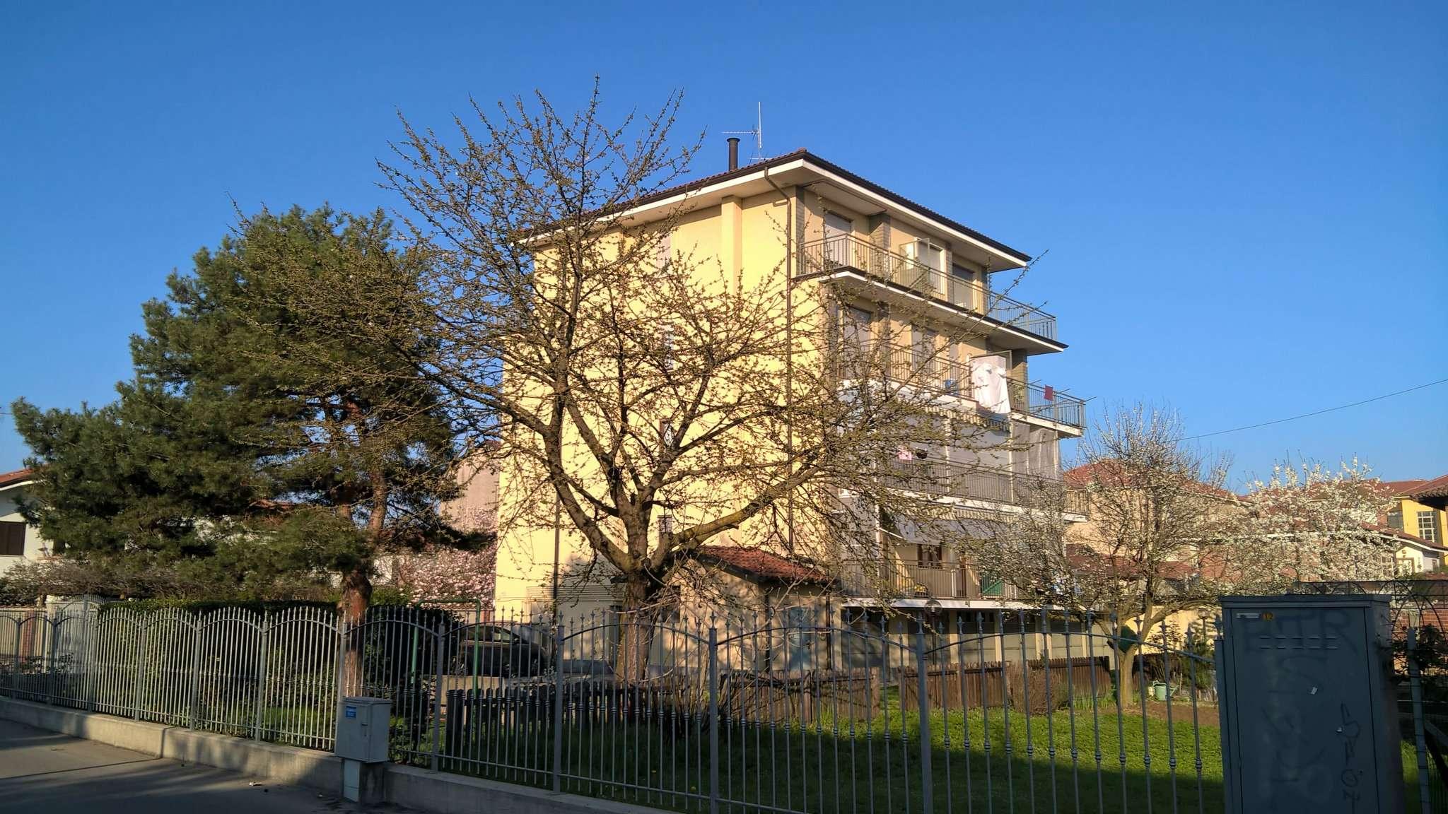 Appartamento in vendita a Santena, 4 locali, prezzo € 146.000 | Cambio Casa.it