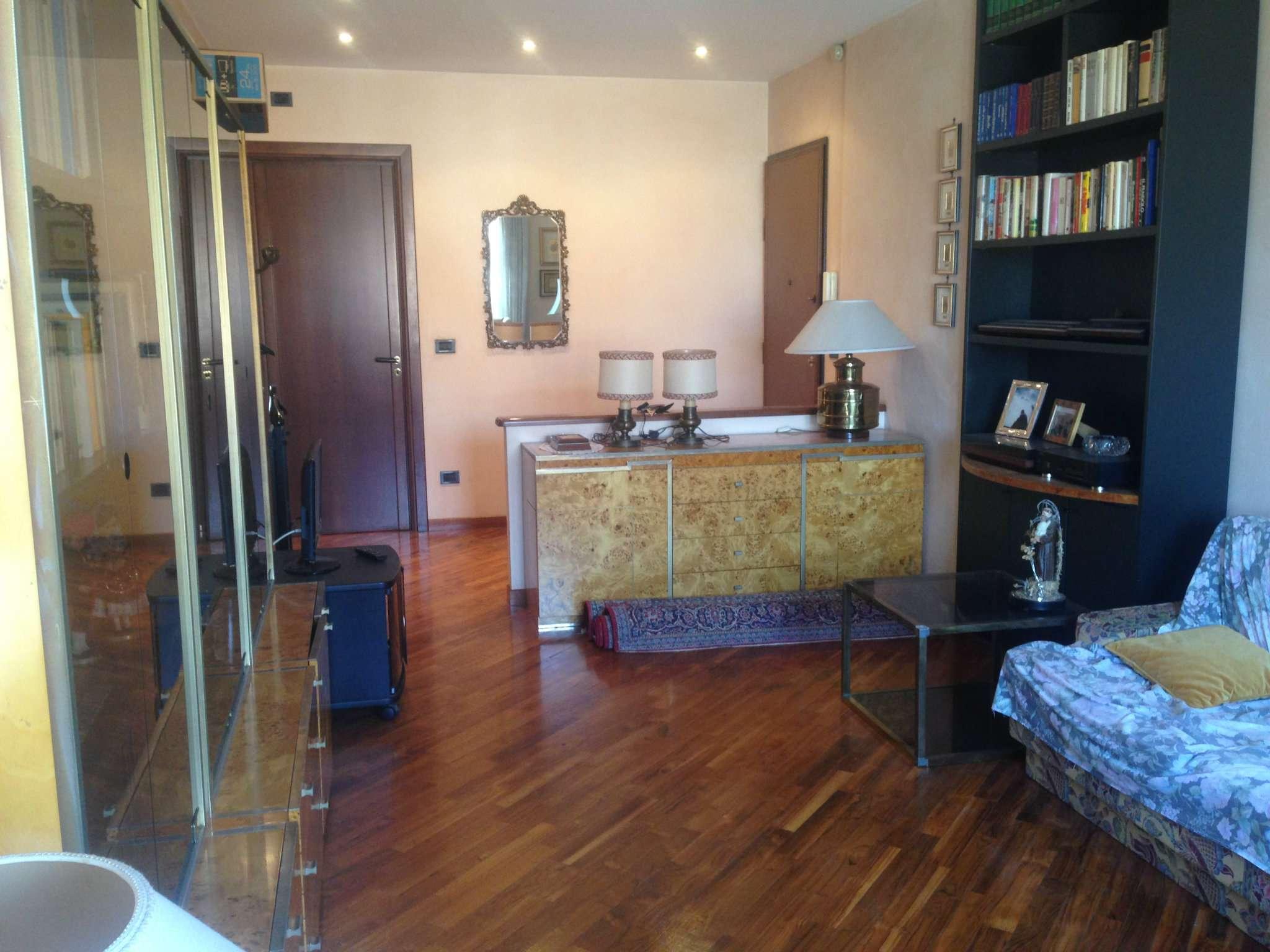 Appartamento in vendita a San Mauro Torinese, 3 locali, prezzo € 157.000 | CambioCasa.it