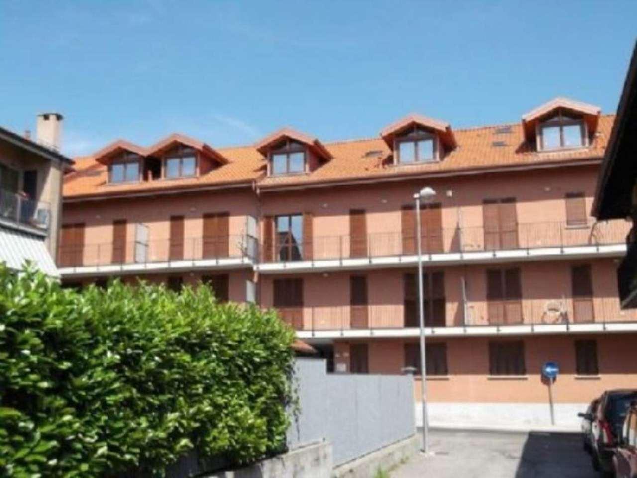 Bilocale Trofarello Via Vittorio Veneto 9