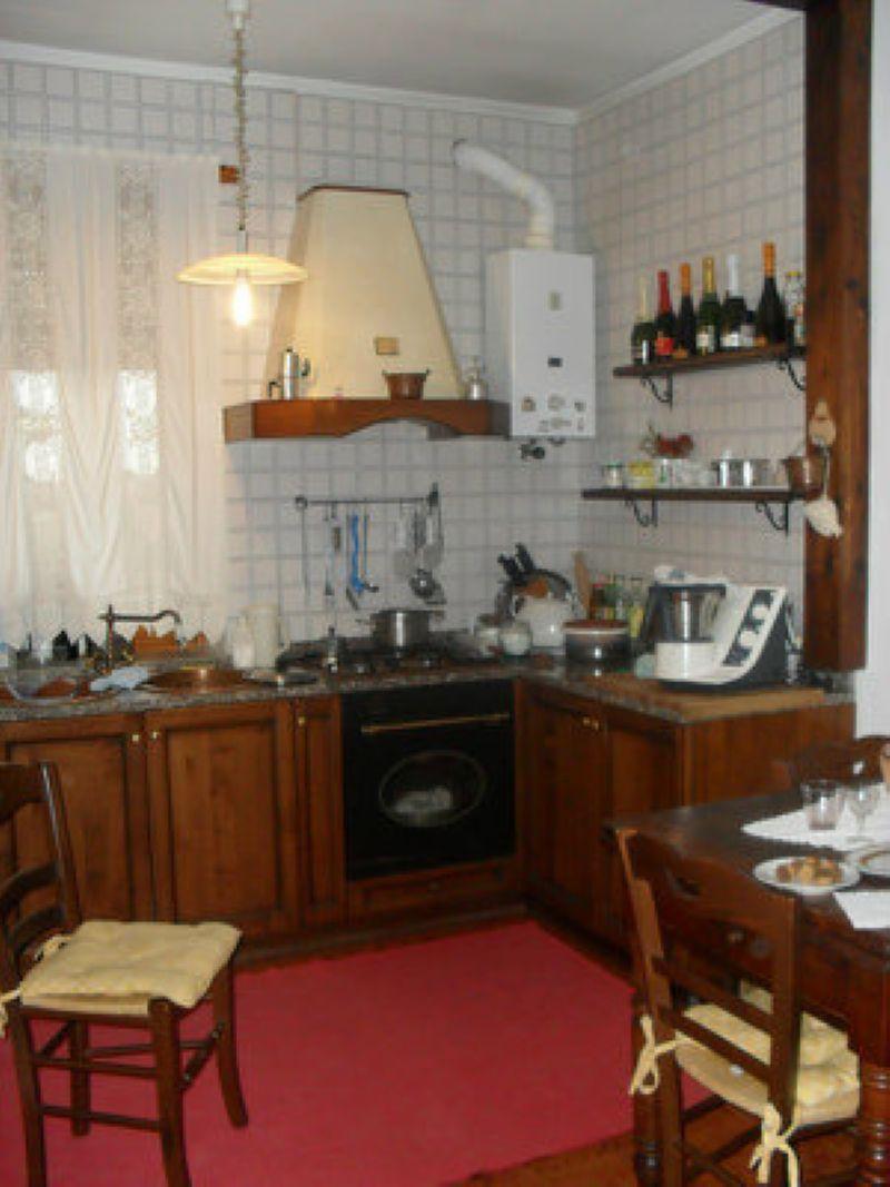 Bilocale Poirino Via Del Lobetto 4