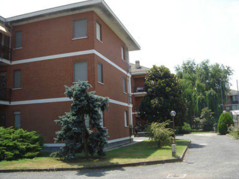 Bilocale Poirino Via Del Lobetto 1