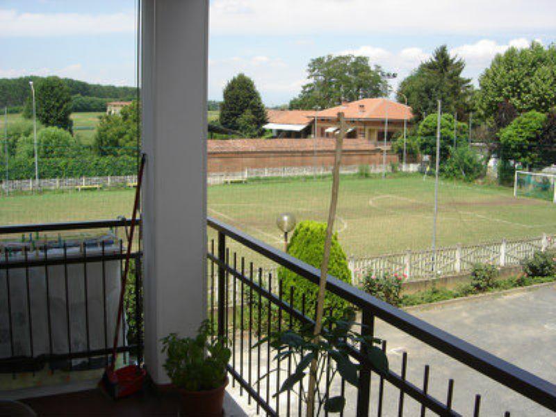Bilocale Poirino Via Del Lobetto 2