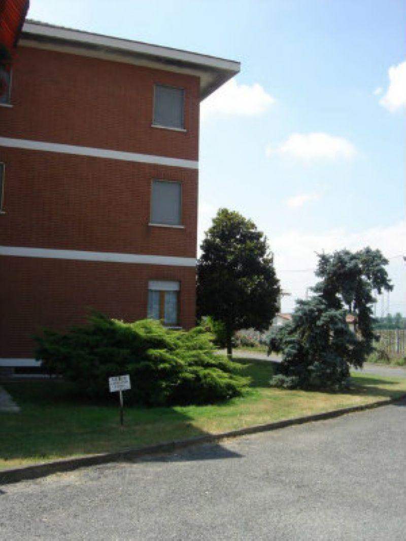 Bilocale Poirino Via Del Lobetto 6