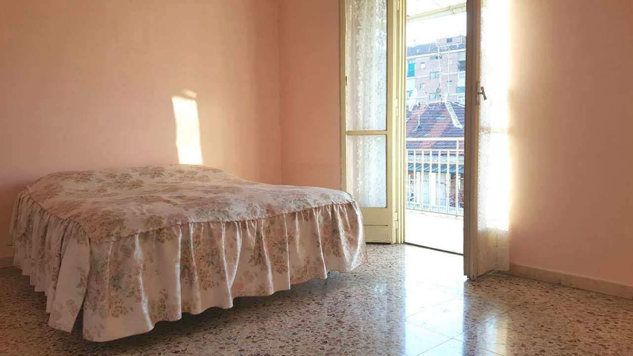 Bilocale Torino Via Matilde Serao 4