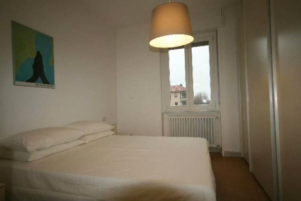 Bilocale Milano Via Alunno 7