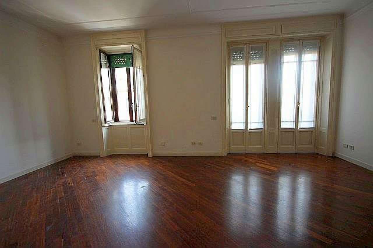 Appartamento in affitto a Milano, 4 locali, zona Zona: 15 . Fiera, Firenze, Sempione, Pagano, Amendola, Paolo Sarpi, Arena, prezzo € 1.800 | Cambio Casa.it