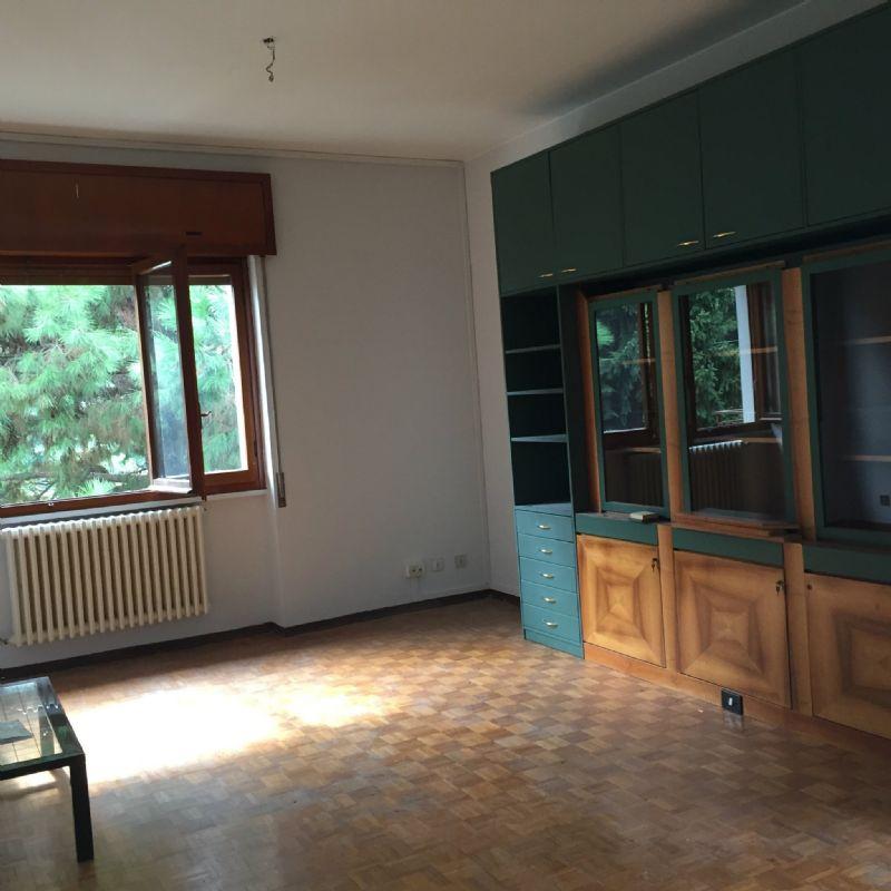 Appartamento in Affitto a Novate Milanese