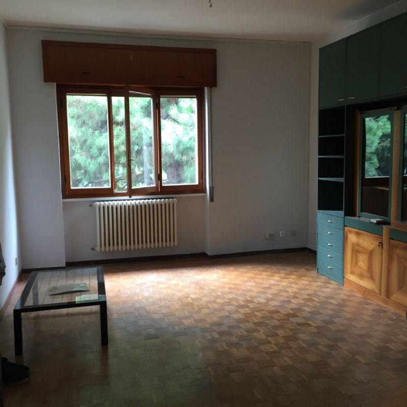 Appartamento in affitto a Novate Milanese, 3 locali, prezzo € 817 | Cambio Casa.it