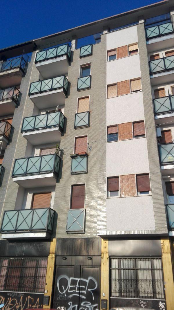Bilocale Milano Via Alzaio Naviglio Pavese 12