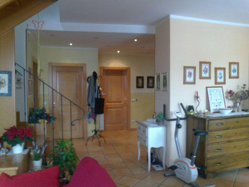 Appartamento in vendita a Cles, 6 locali, prezzo € 225.000   Cambio Casa.it