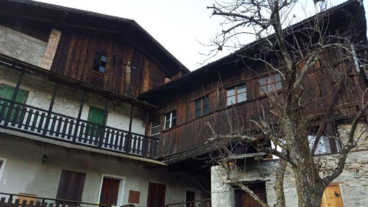 Rustico / Casale in vendita a Rabbi, 6 locali, prezzo € 110.000 | Cambio Casa.it