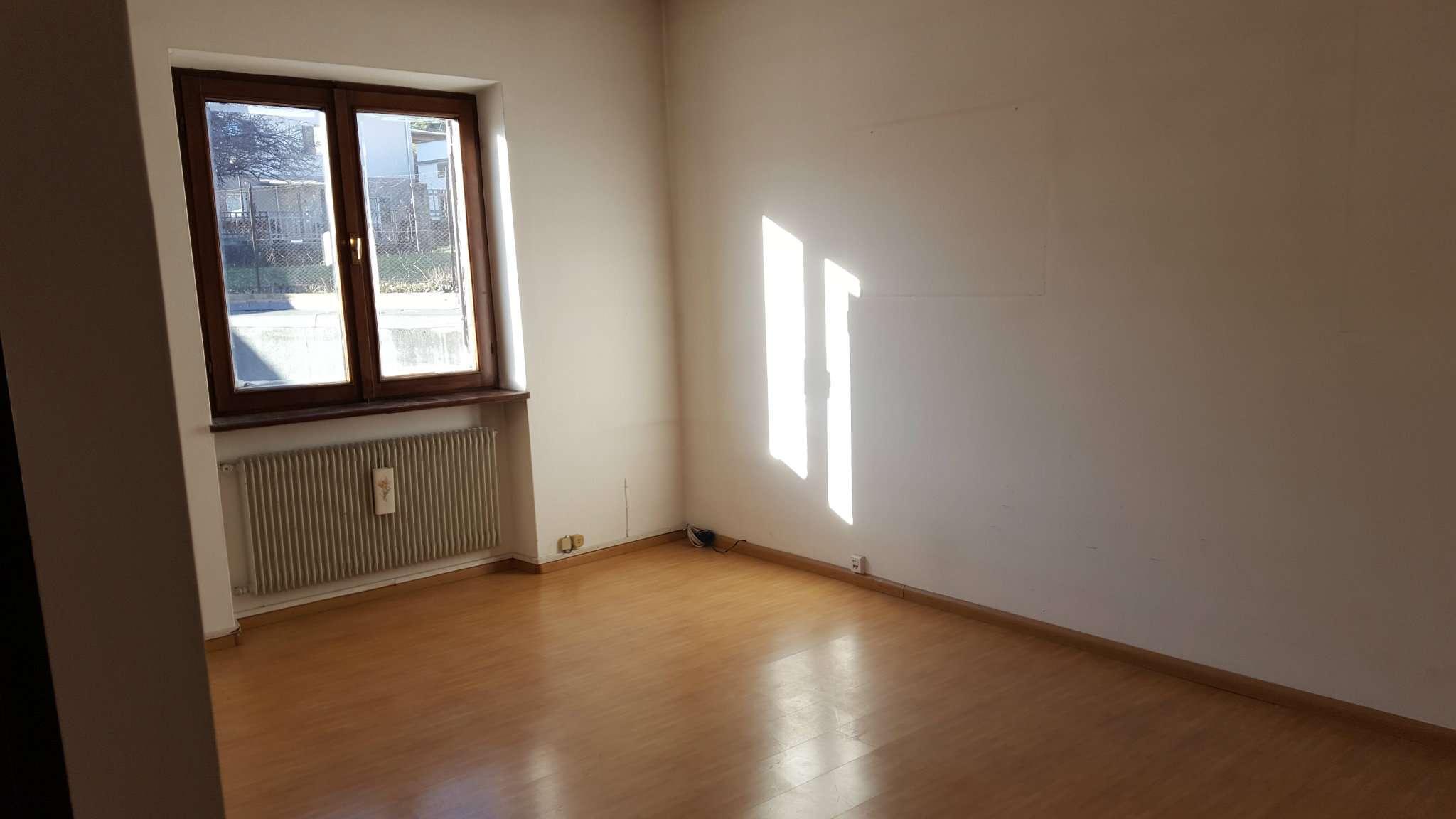 Appartamento in vendita a Cles, 5 locali, prezzo € 190.000 | Cambio Casa.it