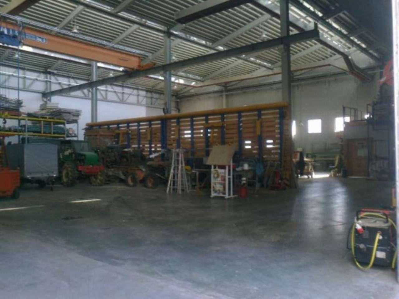 Capannone in vendita a Mezzolombardo, 5 locali, Trattative riservate | Cambio Casa.it