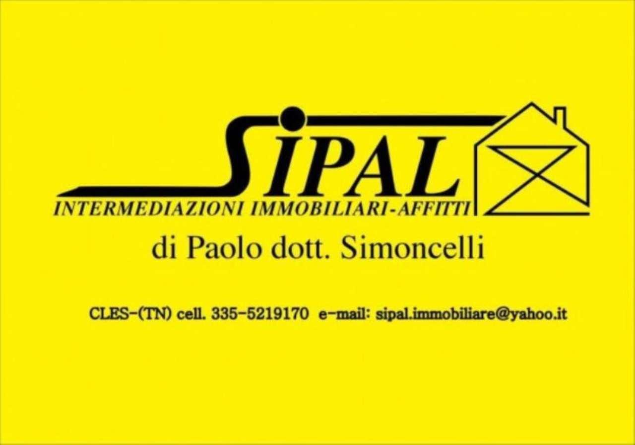 Negozio / Locale in affitto a Cles, 1 locali, Trattative riservate | CambioCasa.it